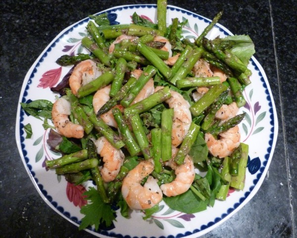 Guest Post! Shrimp and Asparagus Salad - Juggling with Julia