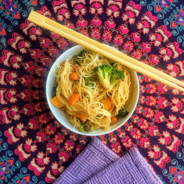 20 Minute Thai Peanut Sauce with Rice Noodles - Juggling