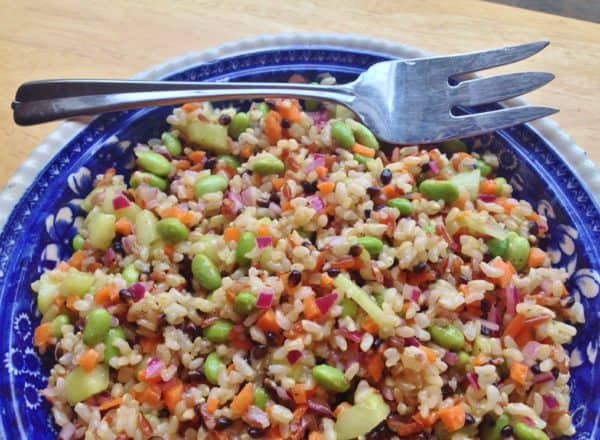 Brown Rice and Edamame Salad with Lime Vinaigrette - Juggling with ...